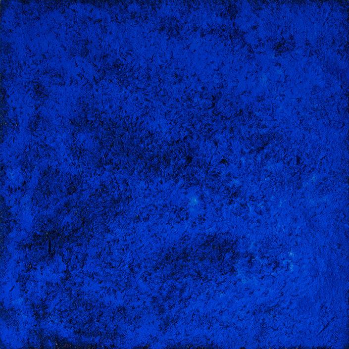 Bleu Monochrome >>